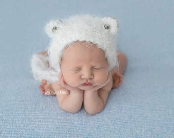 Knit Baby Bonnet, Baby Hat, Baby Photo Prop, Newborn Baby Girl Hat, Baby Hat, Knit Baby Hat, Bear Bonnet, Newborn Photo Prop