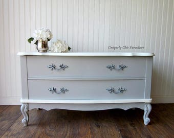 SHIPPING ISN'T INCLUDED French Provincial Blanket Chest ~ Hope Chest Bench