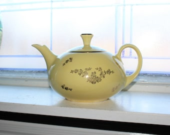 Pearl China Teapot Yellow with 22K Gold