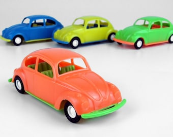 Vintage Volkswagen VW Beetle (orange) in 1/43, Old Store Stock