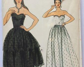 Vintage Vogue sewing pattern 8645  - Misses' strapless evening dress - size 6-8-10