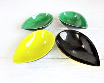 Vintage Locarno Teardrop Shape Serving Bowls