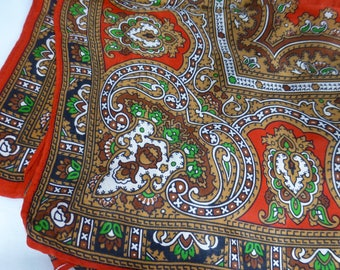 Vintage Paisley Design Silky Feel Scarf with Intricate Design in Rich Red, Green and Tan Brown – Fashion Scarf