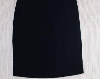 Vintage Emanuel Ungaro Rayon Silk Velvet Mini Skirt 4/38