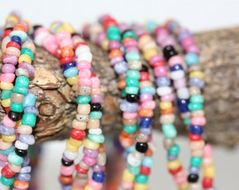 All glass seed bead colorful vintage necklace