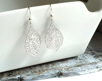 Bohemian Filigree Earrings, Bridesmaid Earrings, Silver Filigree Earrings, Wedding Jewelry, Long Boho Earrings
