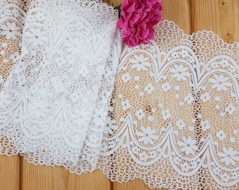 White 21 cm wide Crochet Look Stretch lace by the meter