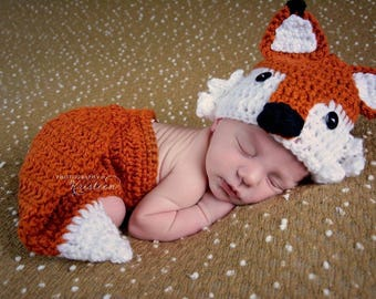 Newborn crochet fox set