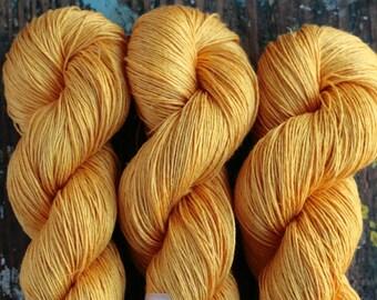 Linen yarn - 5-ply - Light Fingering  -- 502