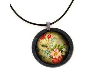 Necklace in Slate flowers Vintage theme