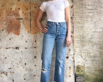 1970s Light Wash Levis 26501 Red Tab Slim Cut Jeans 25.5