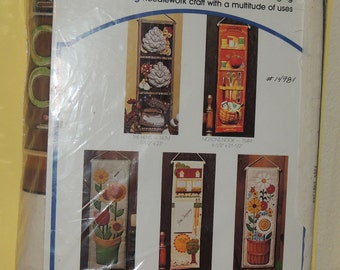 """1970s Fabilique """"Notions Nook"""" 3 D Wall Hanging kit Unopened"""