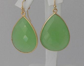 Green Bezel Teardrop Chalcedony Pendant Earrings