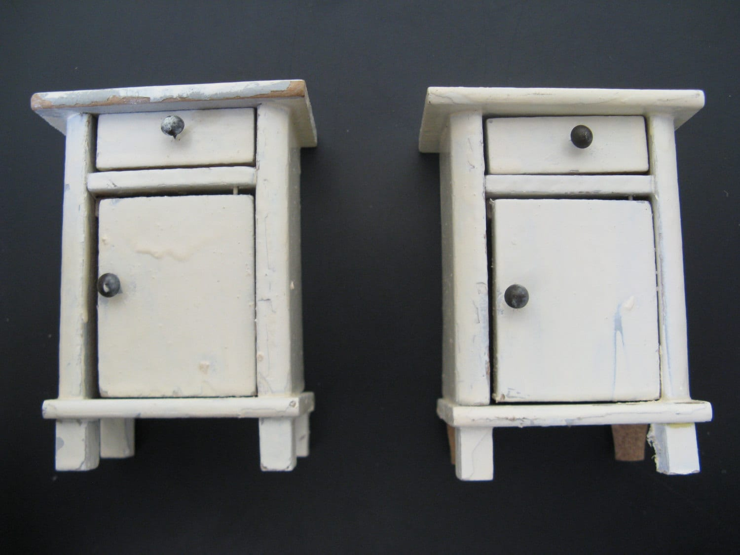 For the dollhouseo white french bedside tables20 zoom watchthetrailerfo