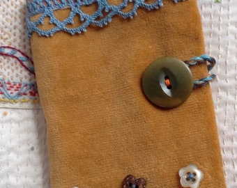 Hand Stitched Needlecase