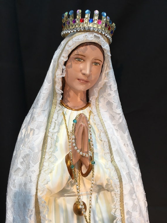 "Our Lady of Fatima Pilgrim Virgin 26"" Patronage: The Holy Rosary and for Purity of Mind, Heart, Body and Soul"