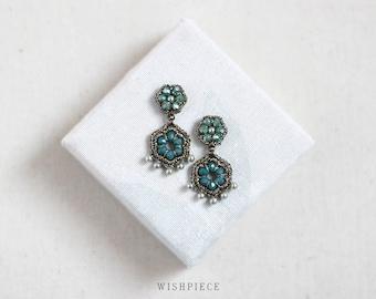 GREEN CHANDELIER earrings / pearl drop earrings for women / fashion jewelry / wishpiece