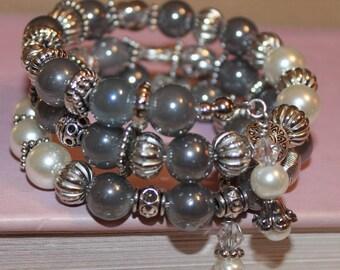 Foggy Gray Boho Wire Bracelet