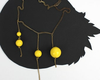 Yellow Bead & Gold Chain Asymmetrical Necklace