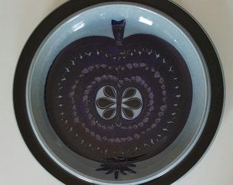 Stunning large round serving platter fructus by Gunvor Olin Grönkvist for Arabia Finland 1970