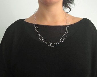 Hammered Chain / Sterling silver link chain / Polished or oxidized finish / Handmade Chain / Light Chain / Minimalist / Gift for her / .925