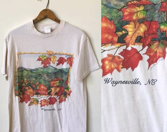 Vintage North Carolina Waynesville 1990's 90's Fall Foilage Graphic T Shirt