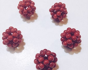Woven Coral Round Beads