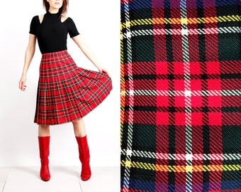 Vintage Pleated Skirt / Red Plaid Skirt / Tartan Skirt / Accordion Skirt / High Waisted Skirt / Size M skirt / High Waisted Skirt