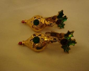 Vintage Christmas Dangle Earrings Clip On Christmas Earrings Clip ons