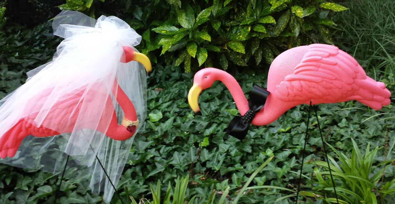 and Groom Flamingo Set