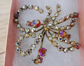 Vintage rhinestone brooch with gift box costume jewelry jewellery