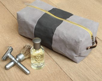 Dopp Kit - Toiletry Bag - Waxed Canvas