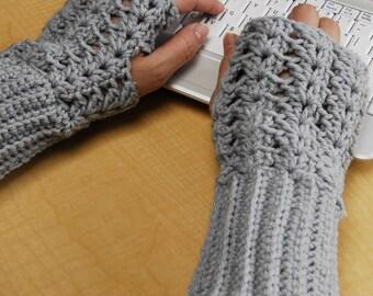 crochet fingerless glove wrist warmer gauntlet grey gray wristlets