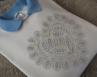 XL - Battenburg Lace Heart Embellished Cream Sweatshirt