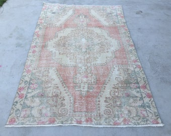 6 ft 9 in x 4 ft 3 in ( 210 x 132 cm ) free  shipping Turkish vintage rug pastel rug old rug anatolian rug  oushak rug small  rug