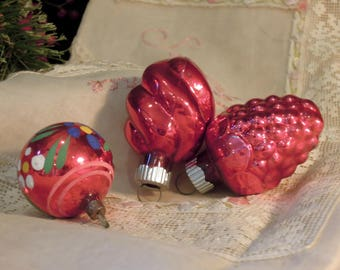 Three Vintage Red Mercury Glass Ornaments / Red Ornaments / Two Shiny Brite / Antique Hand Painted German Ornament
