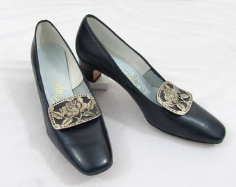 1960s Mod Pumps - Navy blue with silver tone buckle - printed size 7-1/2
