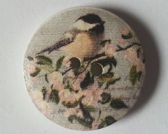 Pack of 15 Wooden Wildlife Craft Buttons - Garden Birds - Coal Tit on Blossom - 18mm 25mm