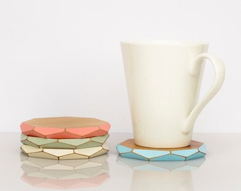 Faceted wooden coasters x4 — pastels
