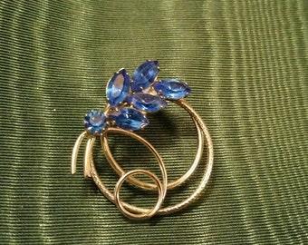 Vintage Mid Century Modern Sapphire Blue Crystal Rhinestone Leaf Circle Scroll Silver Tone Pin