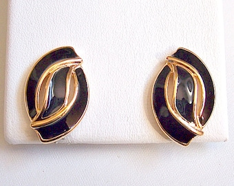 Napier Black Swirl Band Clip On Earrings Gold Tone Vintage Slotted Striped Edge Adjustable Screwback Brushed Backs