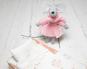 Mothers day gift  baby shower felt animals felt stuffed animal mouse in matchbox felted miniature miniature children birthday kids gifts