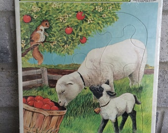 1983 Western publishing Company Puzzle, Lamb and Sheep Puzzle,Vintage Puzzle tray,Farm animals Puzzle, Children's puzzle