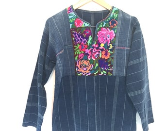 Vintage Guatemalan Indigo Top, Embroidered Ethnic Blouse, Denim Shirt, South American Handwoven, Boho Bohemian Hippie Tunic Hand Loom Floral