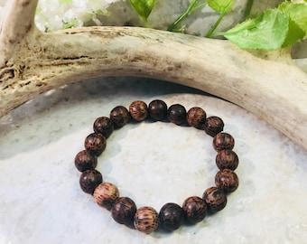 Elastic wood bead bracelet