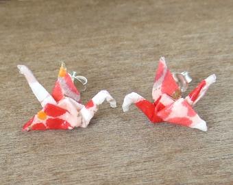 Pink Studs, Origami Jewelry, Cute Earring Studs, Cute Post Earring, Tiny Studs, Kawaii Earring Stud, Pink Posts, Tiny Earrings, Crane Studs