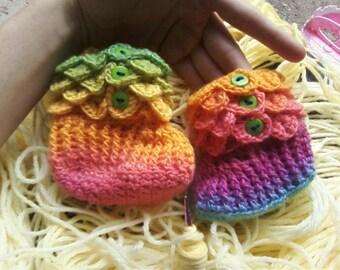 Rainbow Crocodile Stitch Booties 6-12 Months