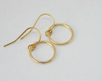 Circle earrings Gold circle earrings Circle earrings gold Dainty earrings gold Dangle earrings Minimalist earrings Rings earrings
