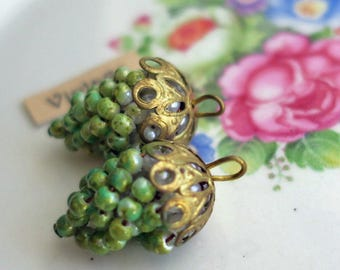 Earring Parts Vintage Grape Cluster Pendant Pearl Filigree Drops Dangles Charms Green Whimsical Findings Components Pearls Filigree #826YS