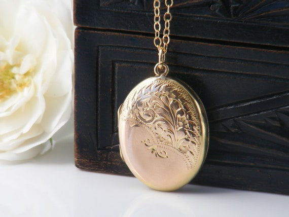 Antique Locket | Edwardian Small Gold Locket | Hand Chased Oval Photo Locket Necklace | Gold Back & Front Locket  - 20 Inch Chain